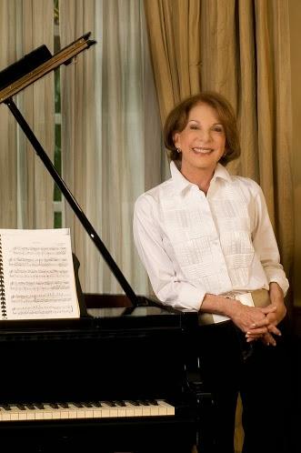Para Carmen Leonor Santaella, presidenta de la Fundación Enclave, la formación musical inculca valores positivos que enriquecen el espíritu y la inteligencia de los niños