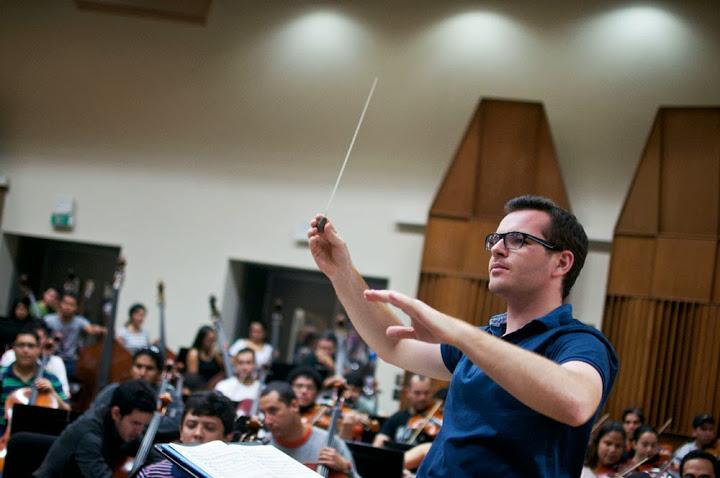 Bringuier mostró su satisfacción por tener el tiempo suficiente para ensayar con la orquesta, pues aseguró que trabajó con detalle el repertorio