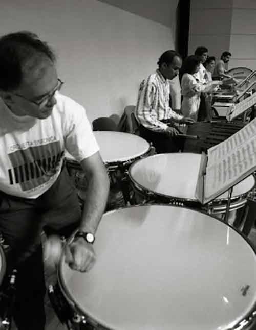 Edgar Saume, La Primera Ola De Un Indetenible Tsunami De Percusionistas