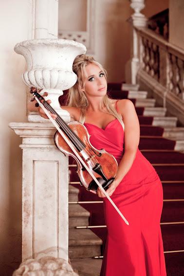 La Violinista Anna Tifu Debuta En Caracas Bajo La Batuta De Gustavo Dudamel