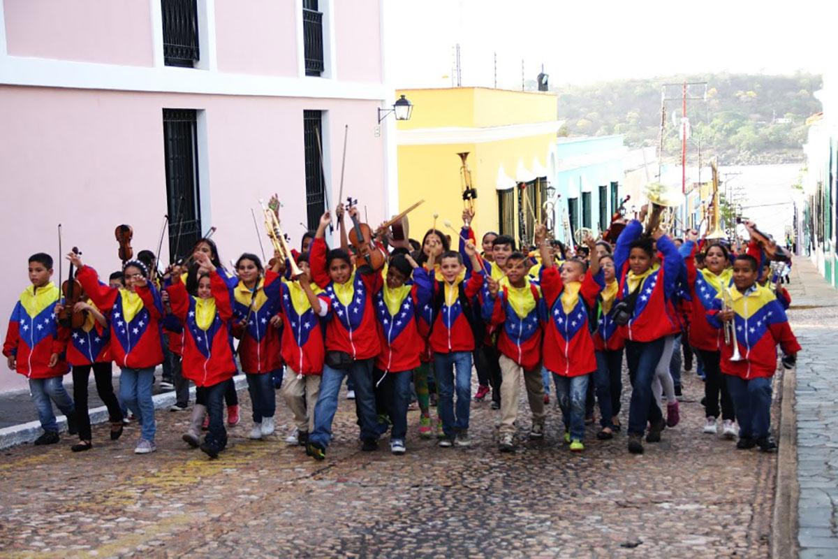 Venezuela Suena Al Ritmo De La Nacional Infantil