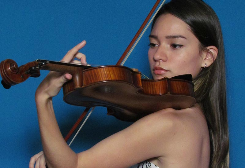 """Ana Aparicio: """"la Expresión Corporal También Es Importante Para Un Músico"""""""