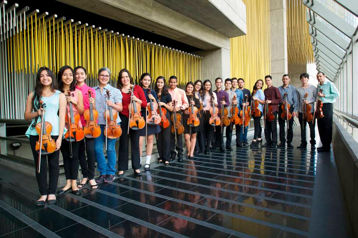 El Ensamble De Violas Ricardo Narvaez Dedica Su Concierto Al Maestro Abreu