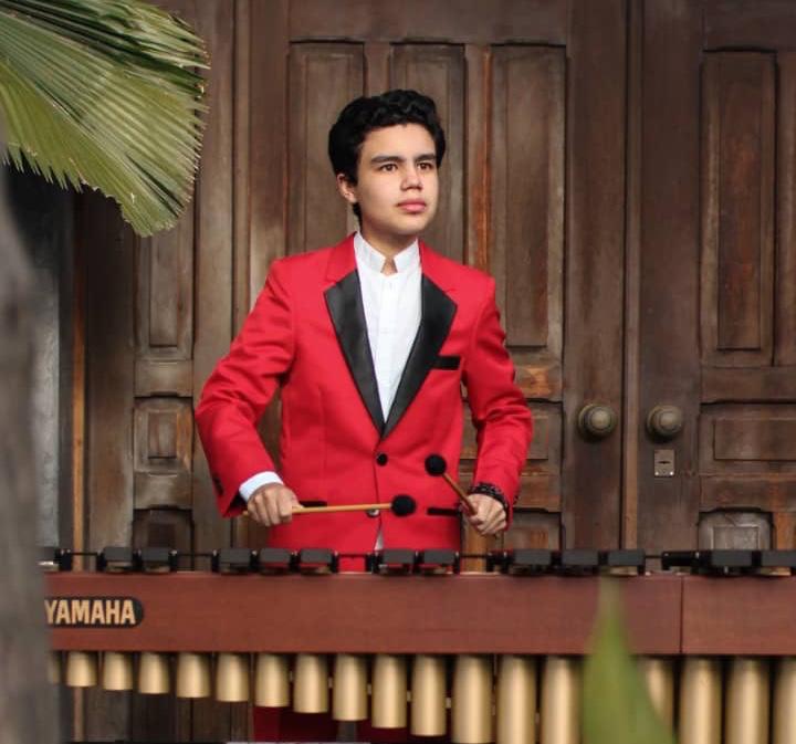 El Volcán Del Caribe Lleva Toda La Fuerza De Su Ejecución Musical A Los Ángeles