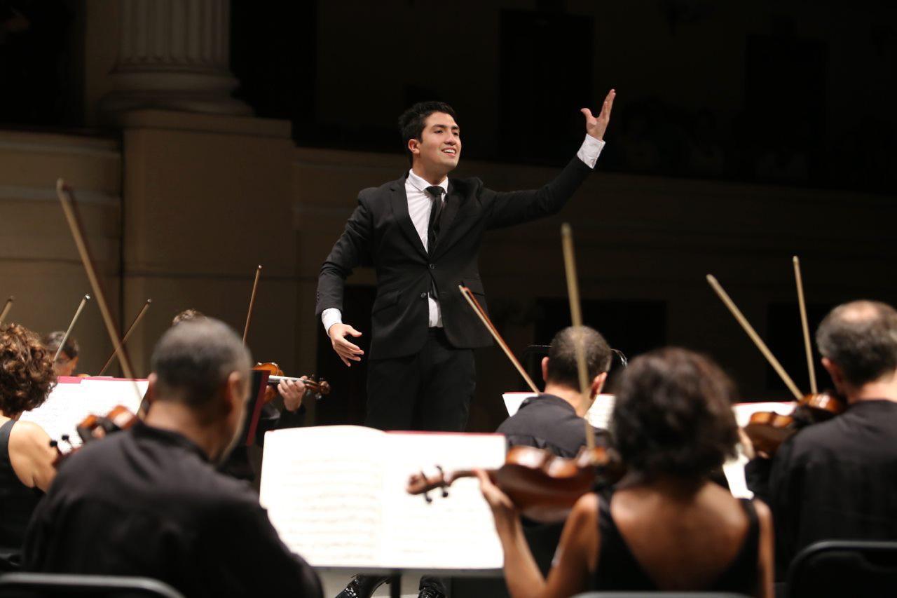 Rodolfo Barráez Perfila Su Carrera Comprometido Con La Música