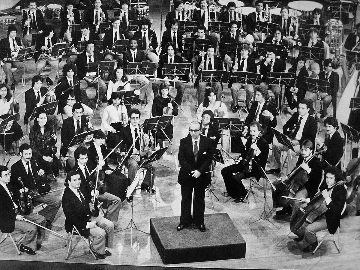 Un Viaje A La Historia De Nuestra Sinfónica Simón Bolívar En Su 42 Aniversario