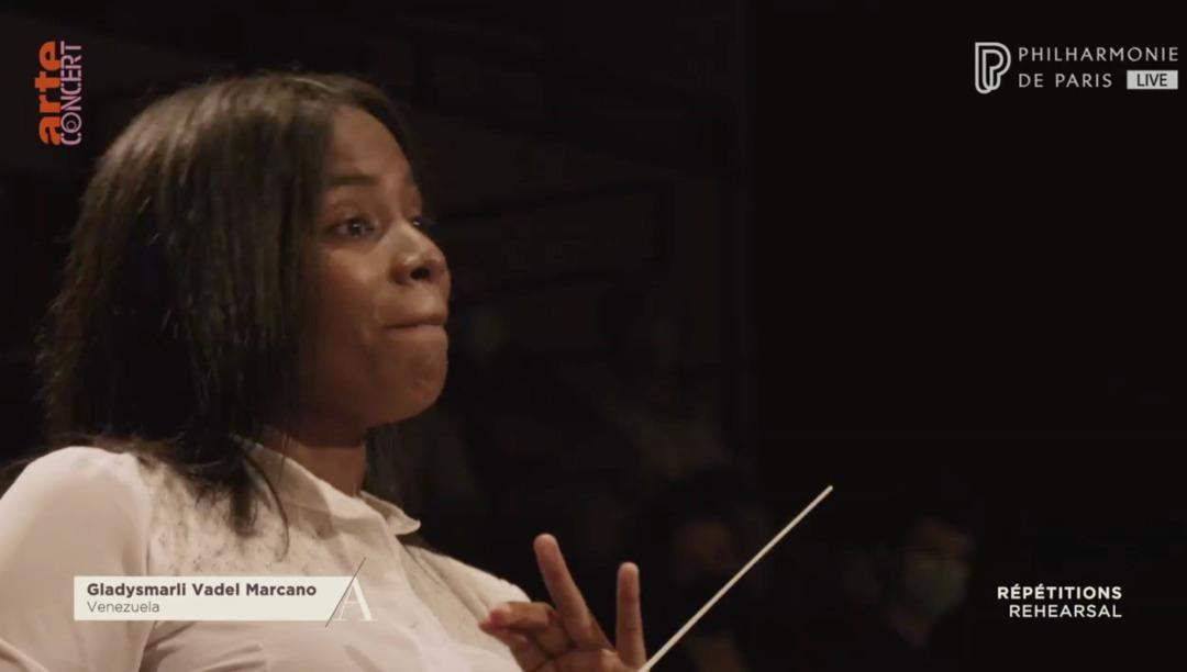 Gladysmarli Vadel Ganó El Corazón De La Orquesta En Concurso La Maestra