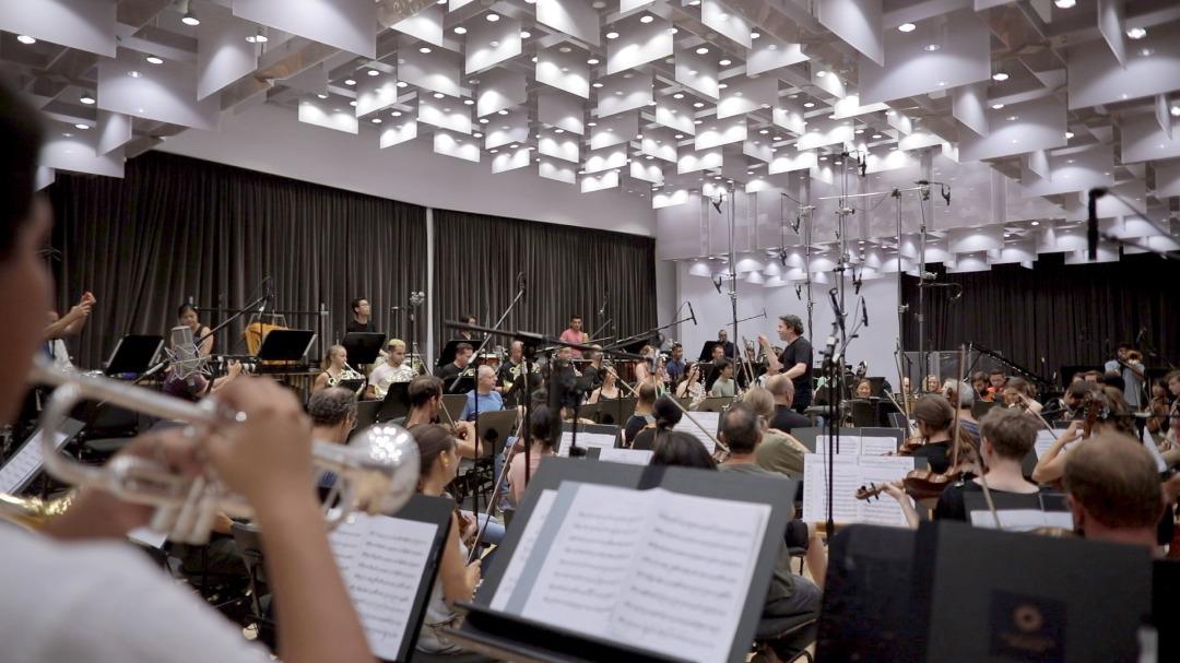 Gustavo Dudamel Conduce Una Apuesta Futurista Para Difundir La Música En Europa